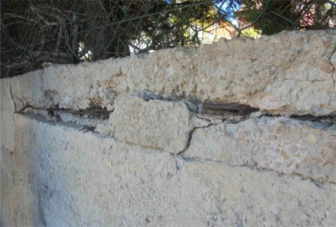 Contre expertise d'un mur de séparation de deux maisons à la Seyne Sur Mer 83500
