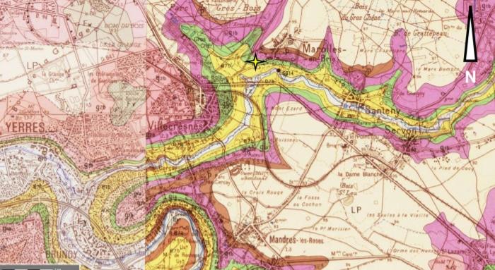 Figure 2 : Extrait de la carte géologique feuillet n°220 au 1/50 000ème (source : www.infoterre.brgm.fr)